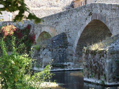 Le-pont-de-Menat