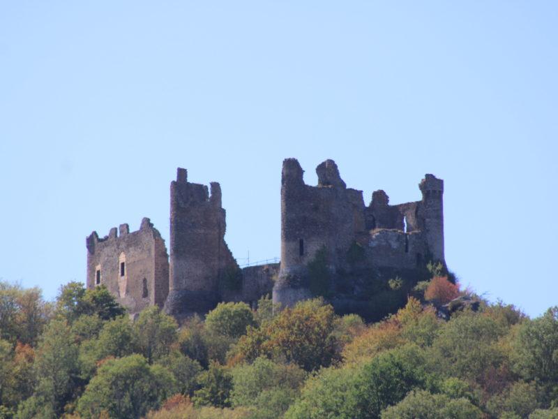 Le Chateau Rocher vue du camping